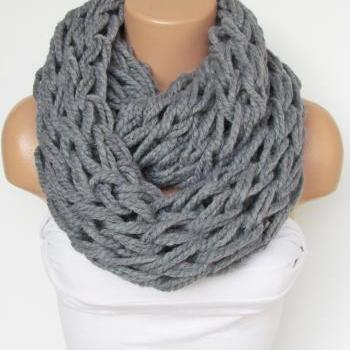 Infinity Gray Scarf,Neckwarmer,Knitted Scarf,Circle Loop Scarf, Winter Accessories, Fall Fashion,Chunky Scarf.Cowl Scarf